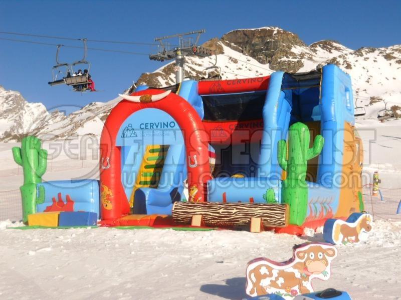 Gonfiabili personalizzati - GEA Fun Specialist - Attrezzature per parchi giochi esterni ed interni